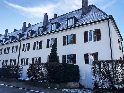 Wohnungssanierung ensemblegeschützter Wohnblock – München-Harlaching